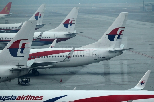 The Malaysian Airline System Employees' Union Peninsular Malaysia urges the national carrier to give regular and timely updates on its restructuring efforts. – The Malaysian Insider file pic, April 20, 2015.