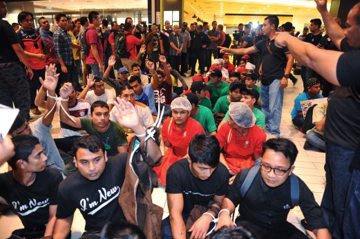 Deputy Home Minister Masir Kujat said the illegal foreigners comprised Bangladeshis, Indonesians, Myanmar nationals and others. Bernama photo.